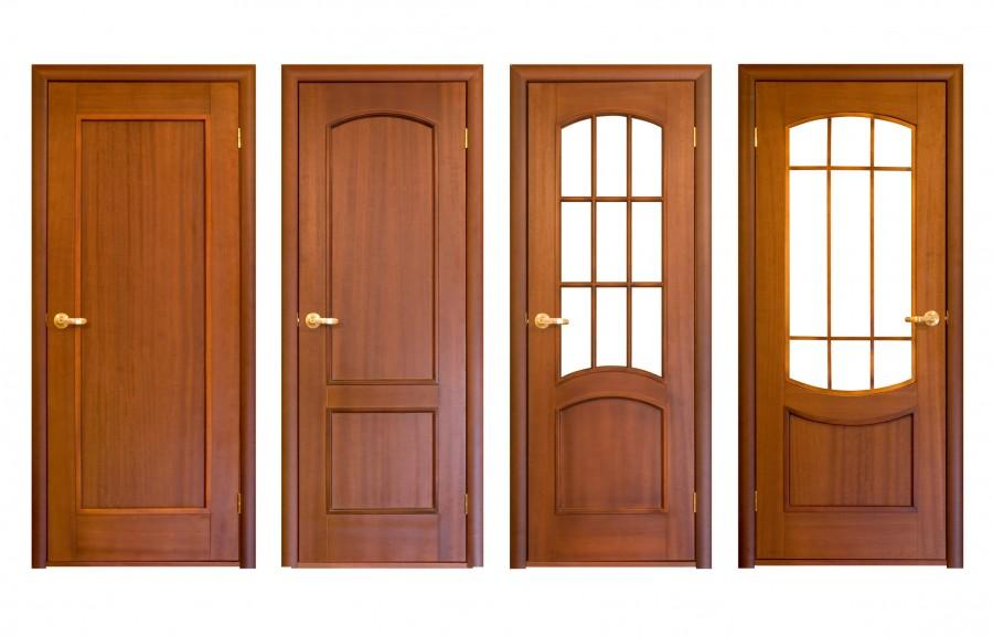Bejárati ajtó fa